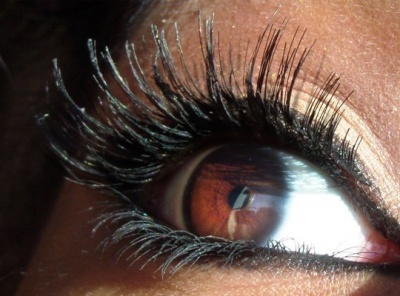 Get 15% OFF a full set of Lashes at Lashes Over Saratoga!