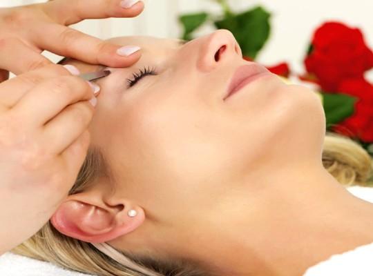 Free Eyebrow Wax