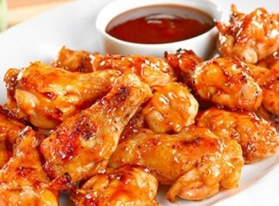 Save 10% on your order of wings at Wings over Saratoga
